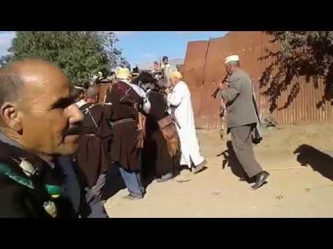 رقصة باجلود الڭناوية بجماعة تروال إقليم وزان