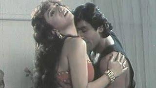 Chand Bhai - Chand Nikla Thoda Thoda - Kumar Sanu, Alka Yagnik - Bhai Bhai Romantic Song