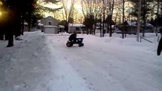 La scrap mobile tracteur sur neige