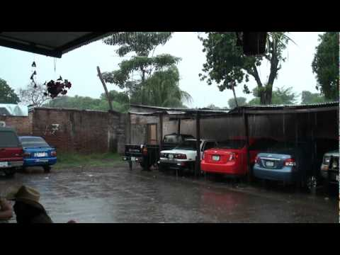 Video of torrential rain that caused minor flash flooding in Granada, ...