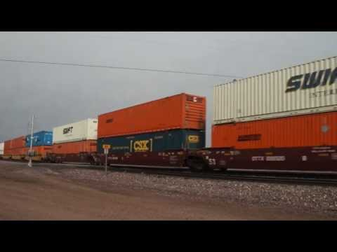 BNSF intermodal through Parks, Az