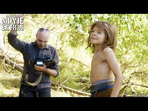 Go Behind The Scenes Of Pete's Dragon (2016)
