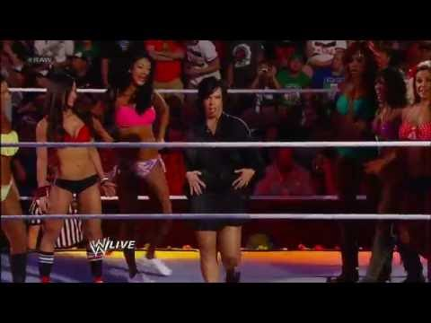 Divas Summertime Beach Battle Royal: Raw, June 25, 2012 video