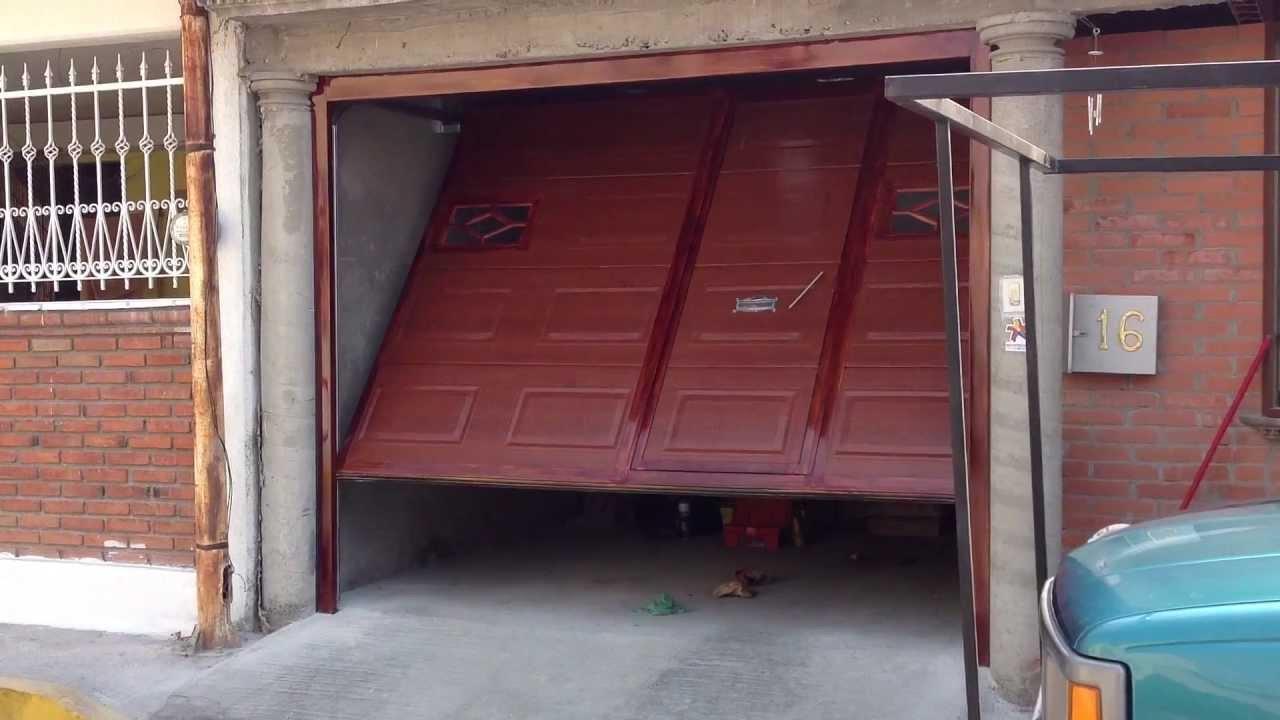 Puerta automatica de maroma puertas automaticas c j de - Puerta de garaje automatica ...