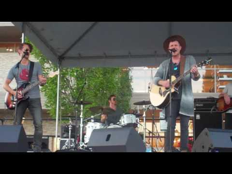 Trent Harmon : Tennessee Whiskey , Live in Seattle 7/20/2016