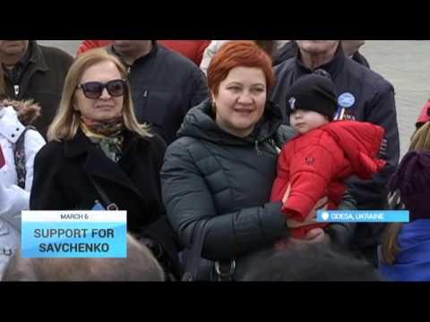 Support for Savchenko: Ukrainians demand Nadiya Savchenko's release in mass protests