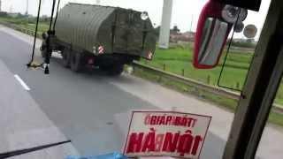 Khí tài quân sự VN nhìn thấy trên đường