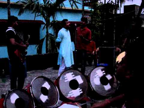 Aaj Abar Mone Pore - Chandrabindu Song - Hit Band Pratisruti video