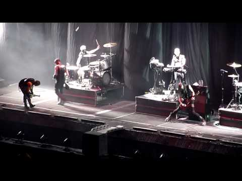 Rammstein's Paul Landers and Richard Kruspe on stage with Combichrist - Forum Los Angeles