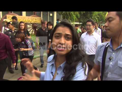 THAILAND: ANTI-GOV PROTESTERS DELAY VOTING