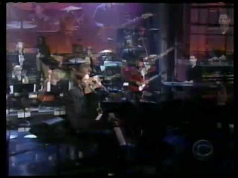 Rufus Wainwright - &quot;I Don&#039;t Know What It Is&quot; on Late Night