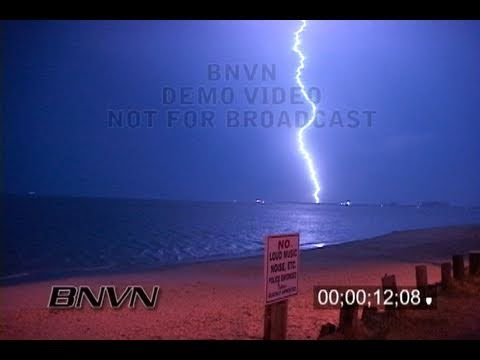 4/15/2006 Virginia Beach, VA - Night lightning footage