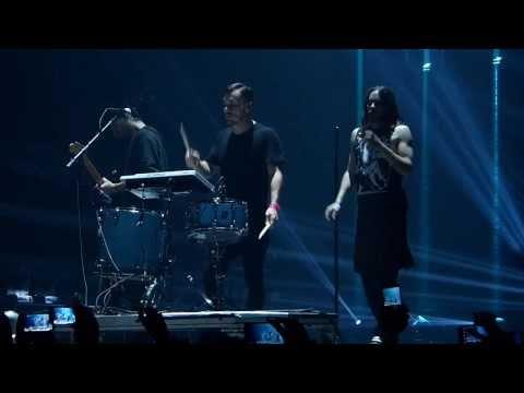 30 Seconds to Mars - Bright Lights live Phones 4U Arena, Manchester 24-11-13