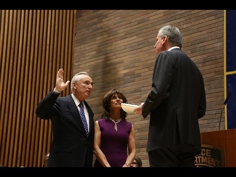 Mayor Bill de Blasio Swears in William Bratton as Police Commissioner of the NYPD