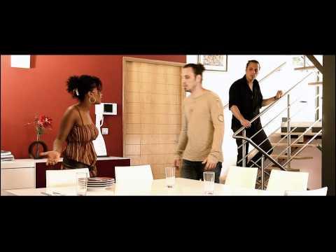 Meddy Gerville - Rèss la minm (Officiel)