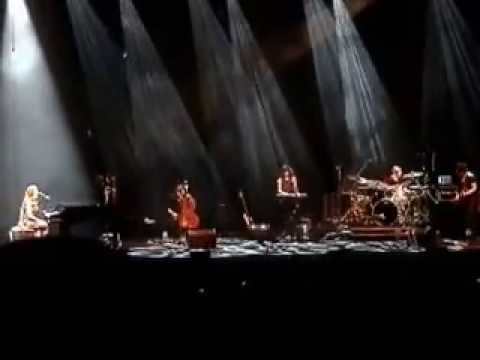 Birdy's Entire Concert Performance [SYDNEY OPERA HOUSE] 12/04/2013