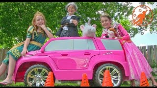 Little Princesses 7 - Princess School Lessons, The Incredible Hulk & The Ride On Pink Princess Car