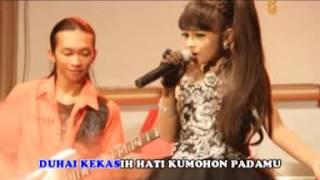 download lagu Bulan Separuh - Tasya Rosmala gratis