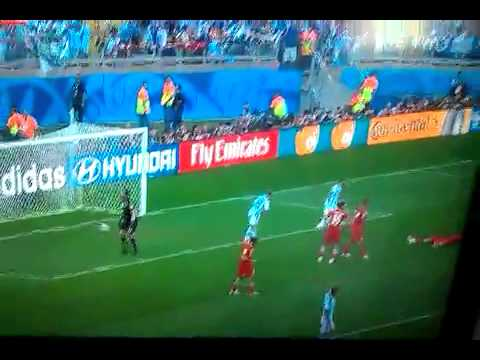 Messi scores 90th minute goal in Argentina vs Iran