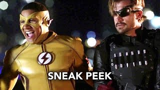 "The Flash 3x10 Sneak Peek #2 ""Borrowing Problems from the Future"" Season 3 Episode 10 Sneak Peek #2"