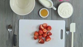 How to Make Yoghurt & Fruit Popsicles