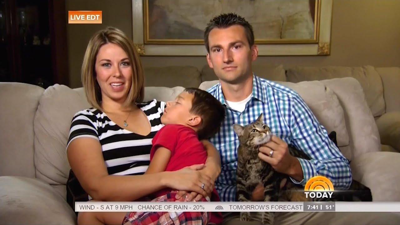 Hero Cat Saves Kid From Dog Youtube