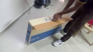 Unboxing Samsung 32K4000 HD LED TV