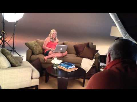 Soul Surfer Bethany Hamilton Damon Braces Photo Shoot (Laptop)