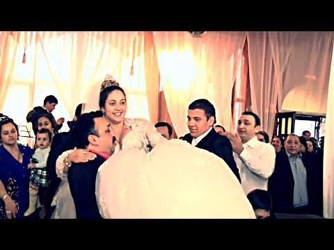 Цыганская свадьба. Невесту на руках носят