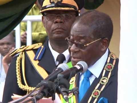 Mugabe calls for peace as Zimbabwe celebrates independence
