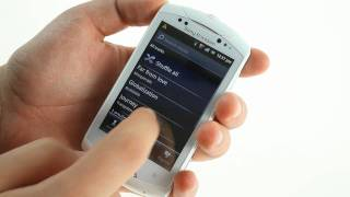 Sony Ericsson Live with Walkman unboxing and hands-on