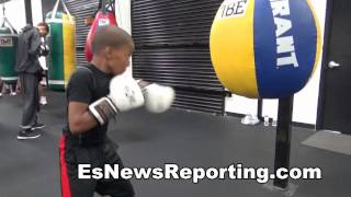 Robert Mayweather Just 10 Years Old With Sick Skills - EsNews Boxing