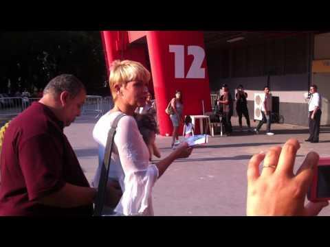 XUXA IBIRAPUERA - SP - 21/12/11 - CHEGADA- VIDEO JANIO
