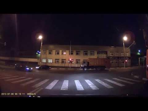 ДТП 06 июля 2013 0 часов 18 минут на Т-образном перекрёстке между Ашаном и м. Владыкино