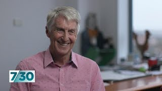 Paediatrician Dr Howard Chilton calls time on his 40 year career | 7.30