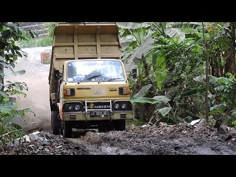 Dump Truck Off Road Climbing Extreme Slope Mitsubishi Colt Diesel 120PS