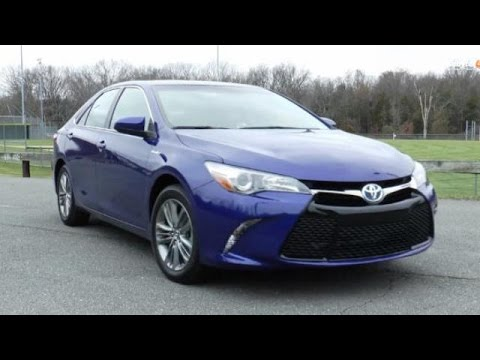 2015 Toyota Camry Hybrid SE Test Drive Video Review