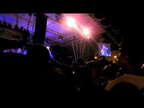 download lagu She Will Be Loved -maroon 5- Summerfest 2011 gratis