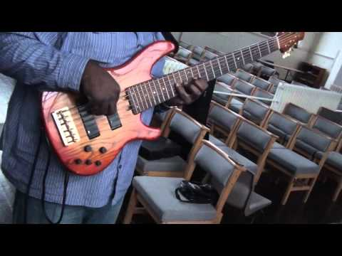 3ups Rehearsal heaven Live (bebe And Cece Winans) Bass Instrumental video