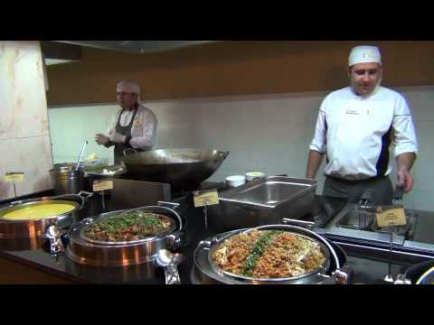 Turkije 04 - Marmaris - IP Hotel Ideal Prime Beach 4 - Dinnertime / 2013