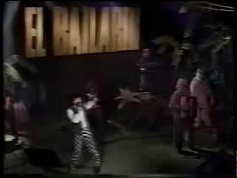 La Mona en vivo Presentacion El bailarin en atenas - Completo