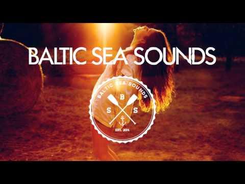 LIZOT & Charming Horses ft. Jason Anousheh - Sonnenmädchen (Charming Horses Radio Edit)