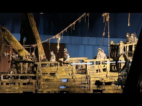 First look at Pirates of the Caribbean: Dead Men Tell No Tales.