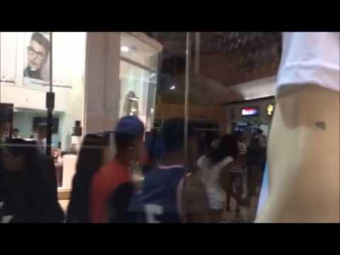 Rolezinho no Franca Shopping