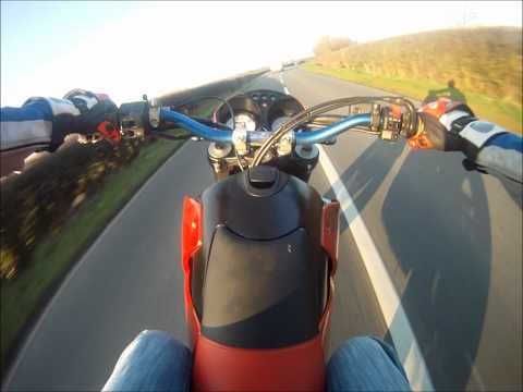 KTM Duke Wheelies