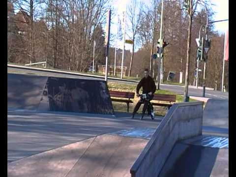 FlyRad in Skaterpark