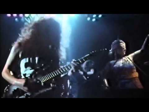 Metallica - Seek And Destroy (Live @ Hammersmith London, 1988)