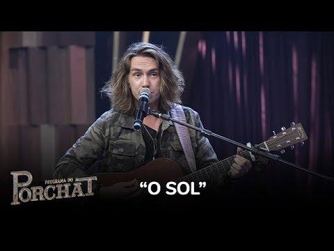 Vitor Kley anima a plateia do Porchat ao cantar O Sol