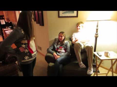 Awkward Christmas Situations | vlog(ish)mas | Day 18