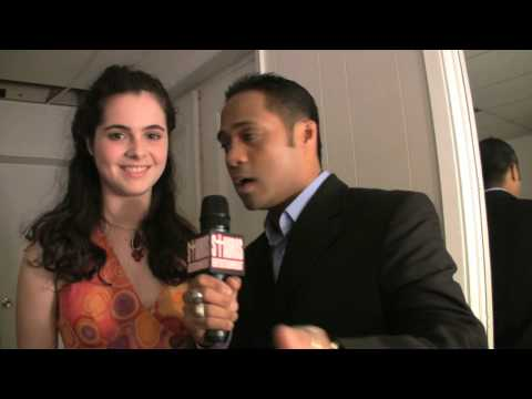 Hollywood 1 on 1 ( TYRONE TANN &amp; VANESSA MARANO )